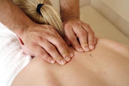 femme en massage californien aix les bains et chambéry